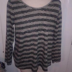 Black & cream Lularoe Lynnae blouse